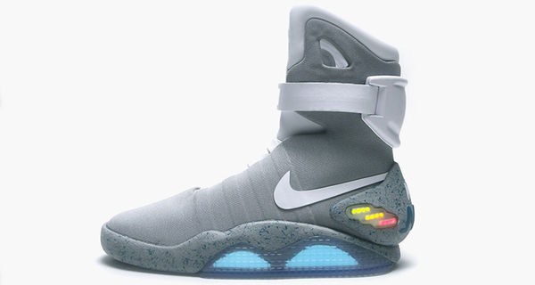 Nike MAG 2015 w 'Power Laces'