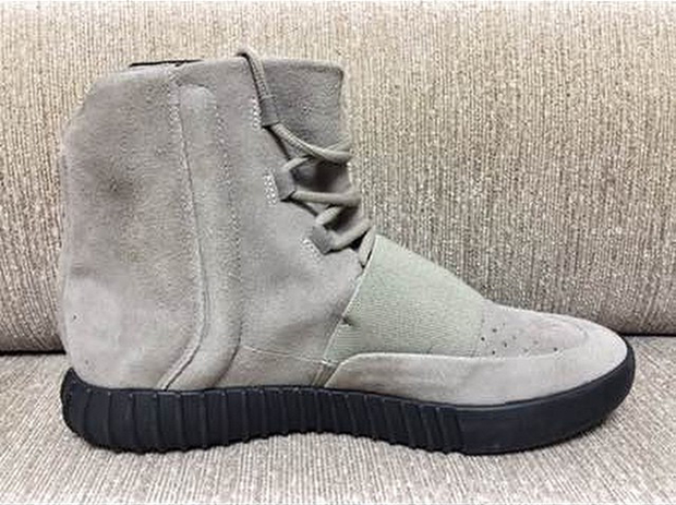 "adidas Yeezy 750 Boost ""Black Sole"""