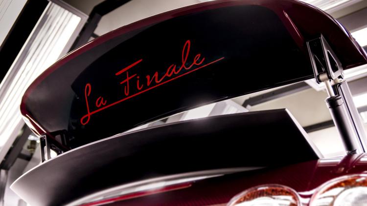 """The Bugatti Veyron """"La Finale"""""""