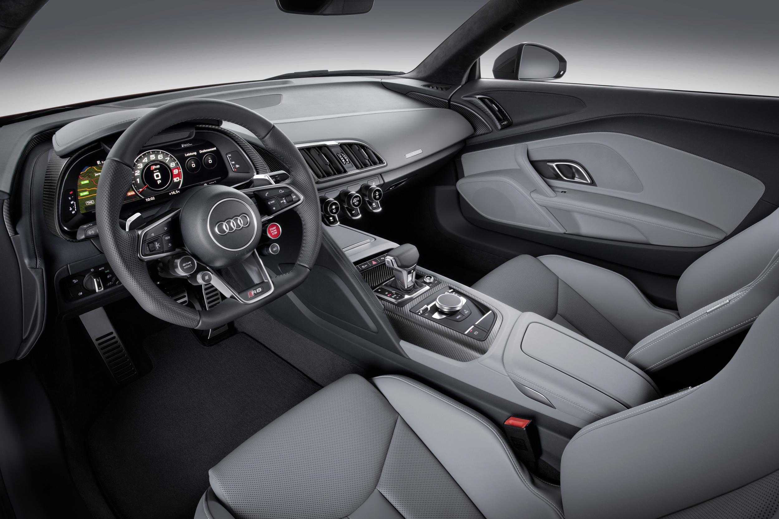 2016 Audi R8 V10 Plus and E-Tron Coupe