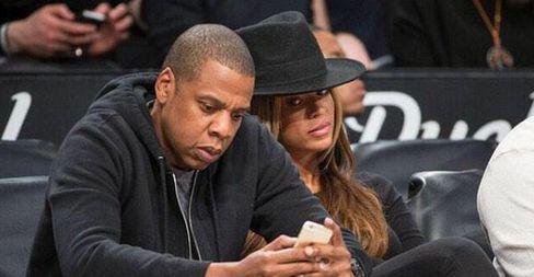 Jay Z Beyonce phone