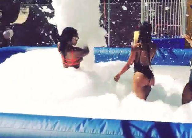 Drake foam party