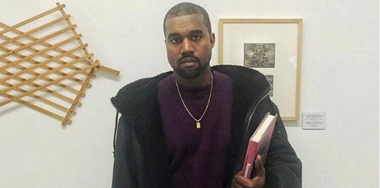new style bb0e3 d9c3a Kim Kardashian Posts Photo Of New Yeezy Mud Rat 500s ...