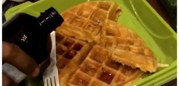 21 Savage Pours Codeine Syrup On His Waffles