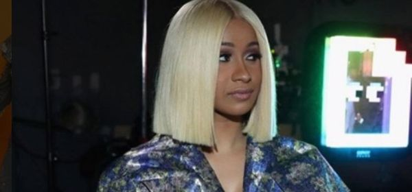 Cardi B Disses A Female Celebrity On Stage [VIDEO]