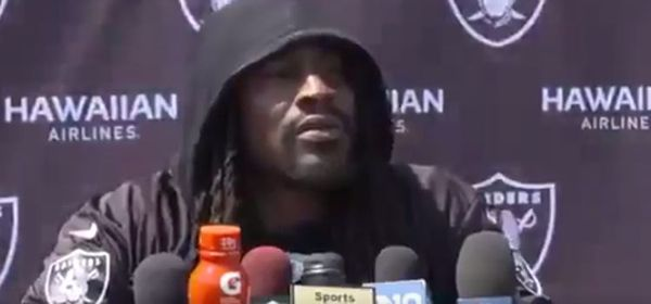 Marshawn Lynch Gave Funny Answer When Asked Him About Protesting Anthem