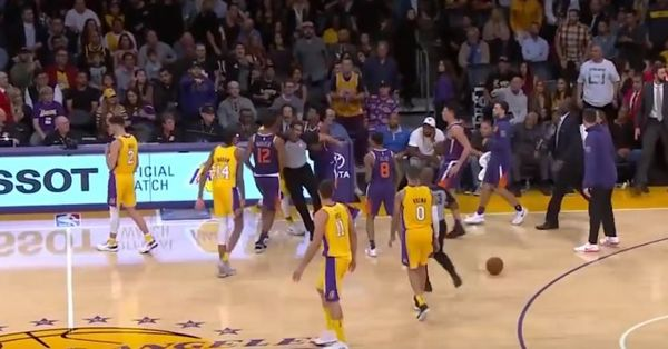 Lonzo Ball Refuses to Participate In Lakers Scuffle With The Suns [VIDEO]