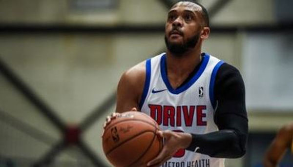 Detroit Pistons G-Leaguer Zeke Upshaw Dies After Collapsing On Court