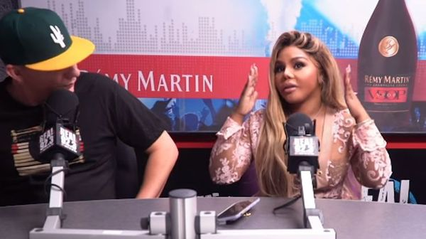 Watch Lil Kim Spazz On a Radio Host For Asking About Nicki Minaj