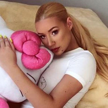 Iggy Azalea Is Extra Thick In Latest Thirst Trap