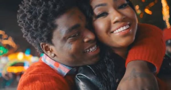 "Kodak Black Spends ""Christmas In Miami"" With A City Girl"