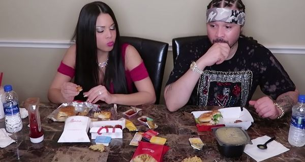 Bizzy Bone Tries Chick-Fil-A For The First Time