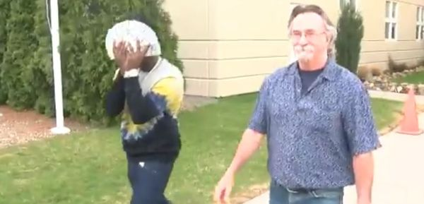 Kodak Black Hides His Face Behind Cash As He's Released From Jail