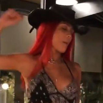 """Halsey Whips Out Assless Chaps To Twerk To """"Old Town Road"""""""
