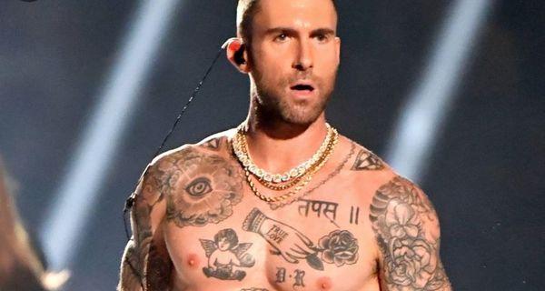 Adam Levine Now Has A Cornrow Mohawk [PHOTOS]