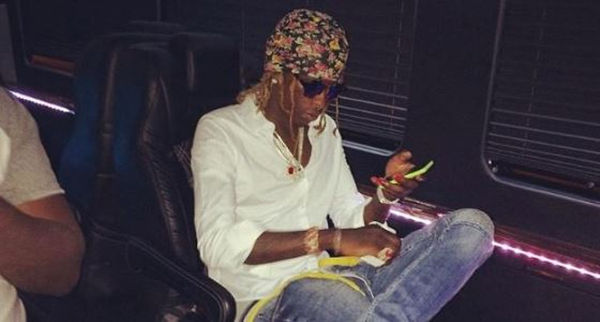 Young Thug Appears To Have Been Hospitalized [PHOTO]
