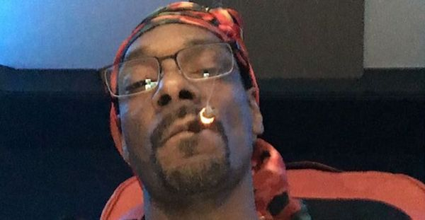 Snoop Dogg Declares Himself Sexiest Man Alive