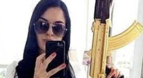 Cartel Assassin & Instagram Model La Catrina Shot Dead By Mexican Police [VIDEO]