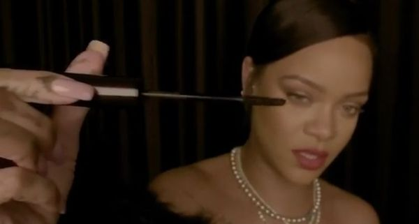 Rihanna Gives Unintentionally Sexual Makeup Tutorial