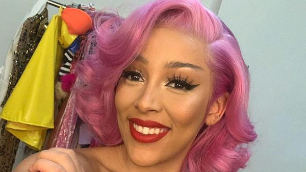 Doja Cat Gets Naked On The Instagram