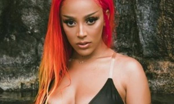 Doja Cat Heats Things Up with Another Thirst Trap