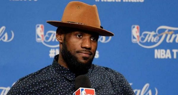 LeBron James's Diet Is Shockingly Bad
