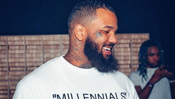 The Game Flaunts All Of the Jewelry And Cash He Travels With [PHOTO]