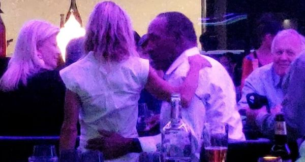 [VIdeo] OJ Simpson Spotted At Bar Flirting With Blonde