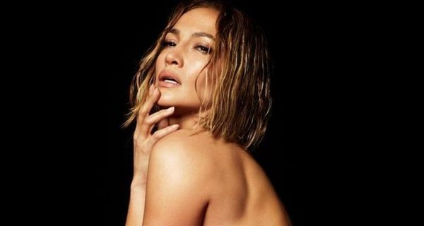 Jennifer Lopez Gets Naked For New Single
