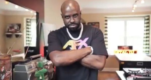 Watch Funkmaster Flex Get Liposuction